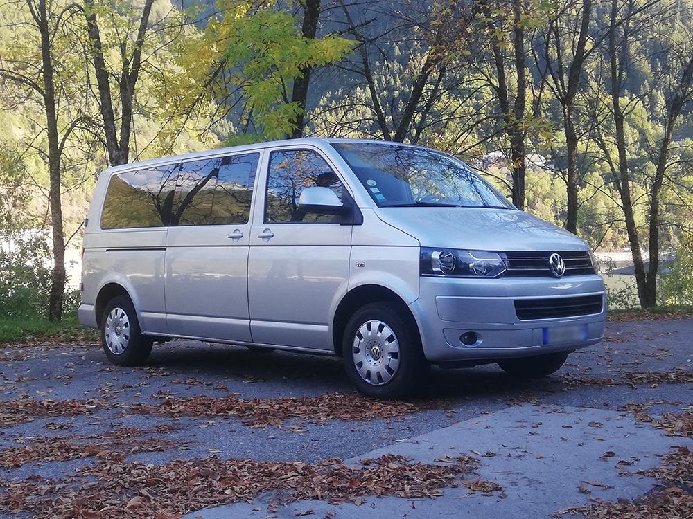Une grande capacité de places pour des soirées en toute tranquillité sur Vaujany (38) | Alp Assistance Taxi